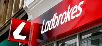 Обвинение  в спекуляции букмекерской конторы Ladbrokes